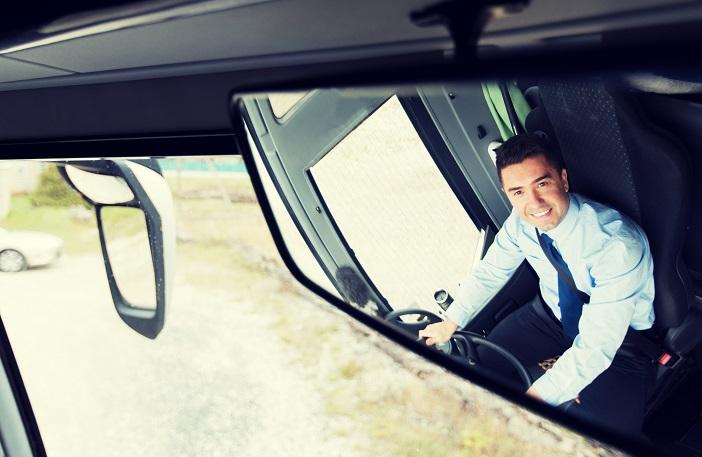 真面目な運転手のせいで遅れるNZのバス☆ ~客とケンカ~