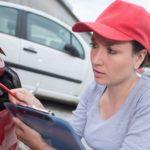 「車は修理中なんだ。」を英語で言ってみよう。